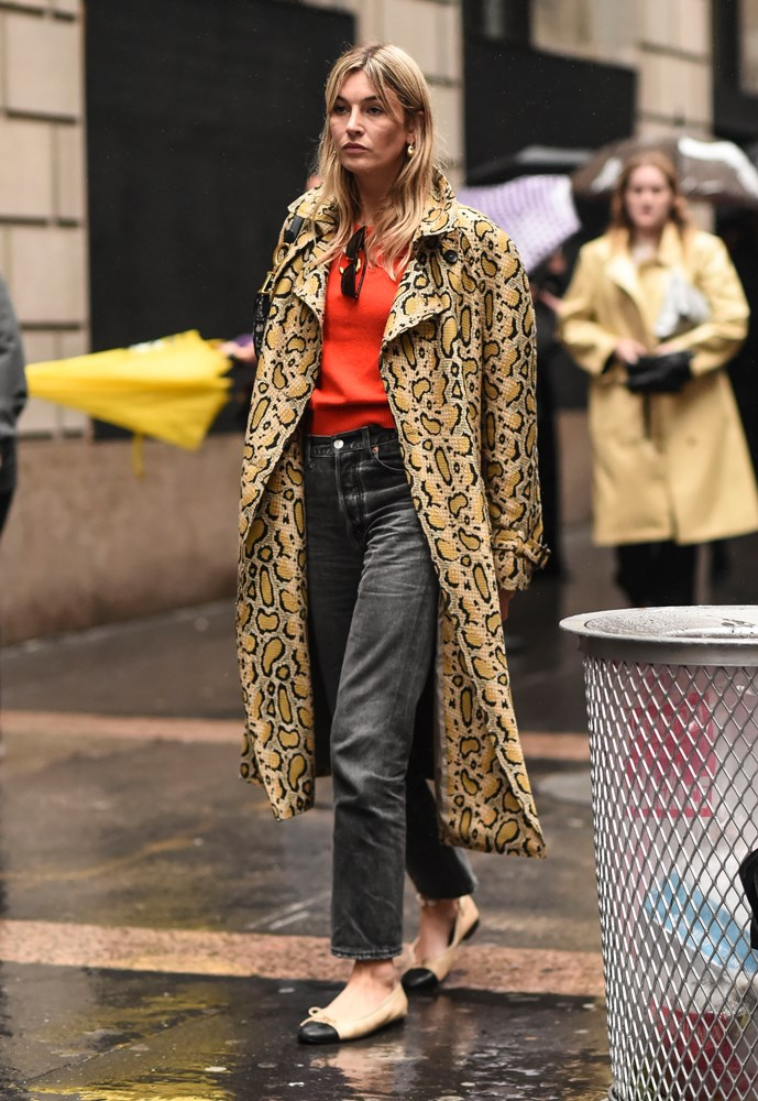 "***Animal print***<bR><bR> [Tiger](https://www.elle.com.au/fashion/tiger-print-18480|target=""_blank""), leopard, snake—fashion's obsession with animal print wasn't over, it still isn't over! From shin-grazing dresses to coats and bags, animal print is everywhere. Bonus points for doubling up your prints."