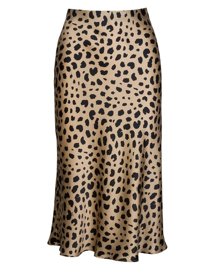 "Skirt, $180 at [Réalisation Par](https://realisationpar.com/the-naomi-wild-things/|target=""_blank""|rel=""nofollow"")"