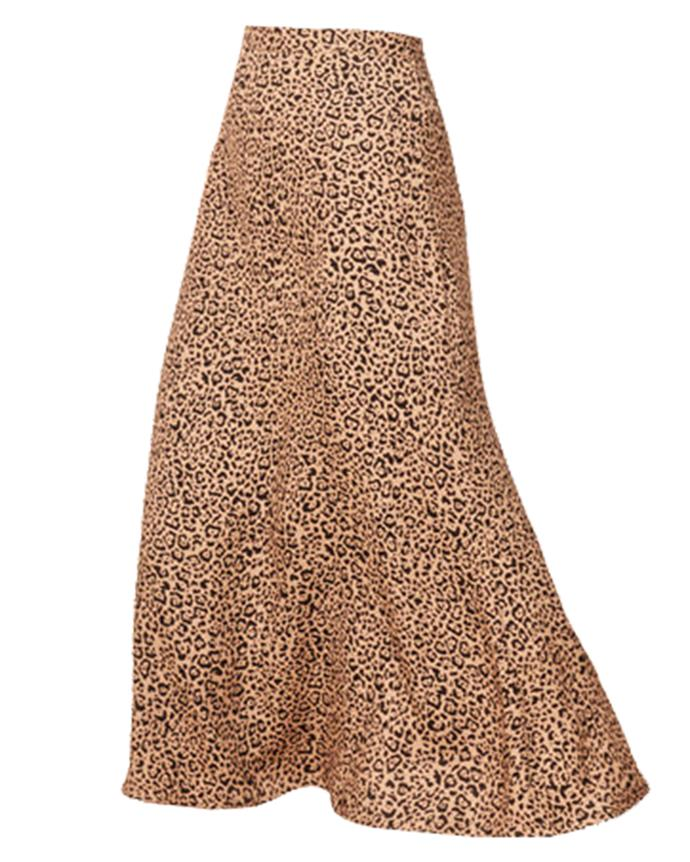 "Skirt, $148 at [Reformation](https://www.thereformation.com/products/bea-skirt?color=Bengal&via=Z2lkOi8vcmVmb3JtYXRpb24td2VibGluYy9Xb3JrYXJlYTo6Q2F0YWxvZzo6Q2F0ZWdvcnkvNWE2YWRmZDNmOTJlYTExNmNmMDRlOWNh|target=""_blank""|rel=""nofollow"")"