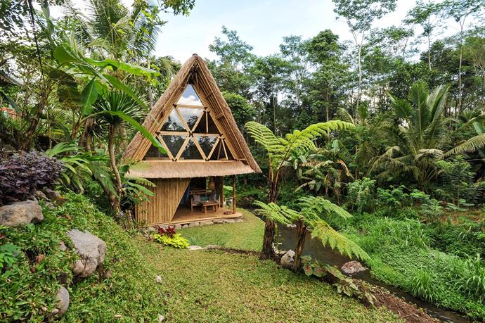"""**[""""HIDEOUT BALI ECO BAMBOO HOME""""](https://www.airbnb.com/rooms/5904771