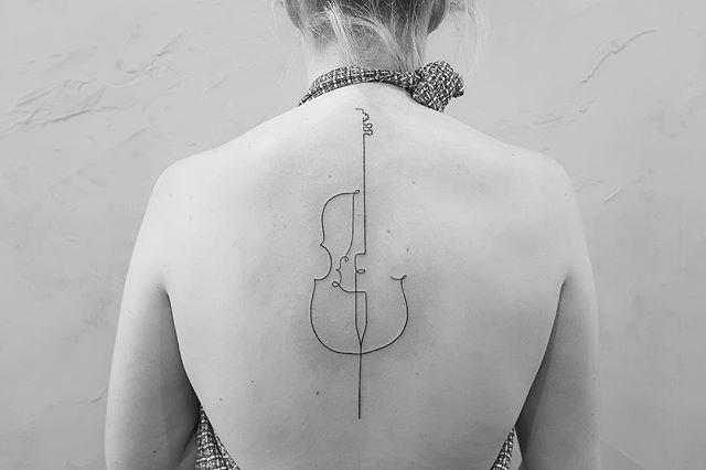 "Image: [@fine.line.tattoos](https://www.instagram.com/fine.line.tattoos/|target=""_blank""|rel=""nofollow"")"