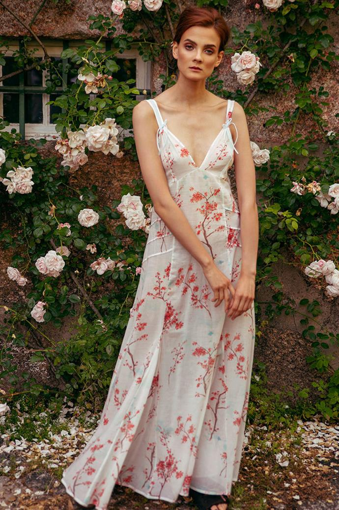 """La Costa del Algodón Dress, $450 at [Moda Operandi](https://www.modaoperandi.com/la-costa-del-algodon-ss19/georgiana-night-dress