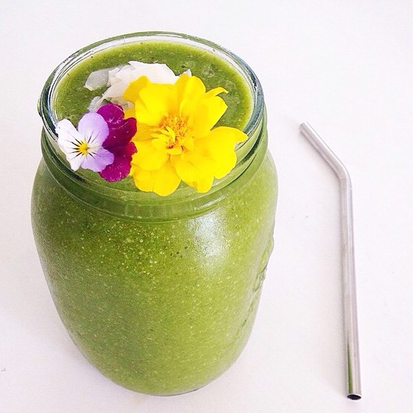 """**Kimberley Neumann** <br><br> Australian blogger Kimberley Neumann's recipes are fresh and never boring. We salivate over her smoothies, especially this classic green one. Which blends 1 frozen banana, 1 frozen mango cheek, 2 big handfuls spinach,  2 tbs chia seeds, 1 tbs mesquite powder, 1/2 scoop ezy vanilla brown rice protein and 400 ml filtered water. Not on Insta? She also has a great recipe app available from the iTunes app store. <br><br> Instagram: [@nourish_yourself](https://www.instagram.com/nourish_yourself/?hl=en target=""""_blank"""" rel=""""nofollow"""")"""