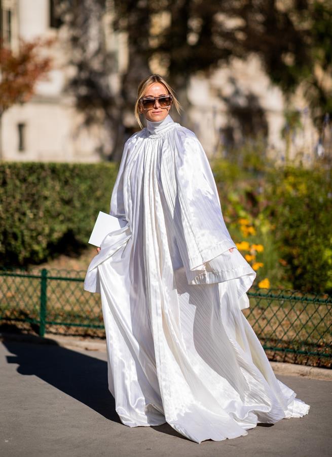 The voluminous tent dress.