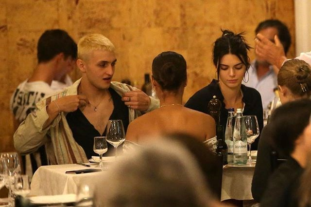 Kendall and Anwar out at dinner in Milan