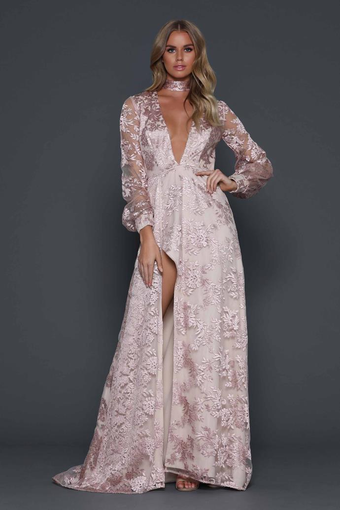 "Sophie wore the 'Elianna' dress, $420, [Elle Zeitoune](https://www.ellezeitoune.com.au/item/910-Elianna-Blush/|target=""_blank""|rel=""nofollow"")."