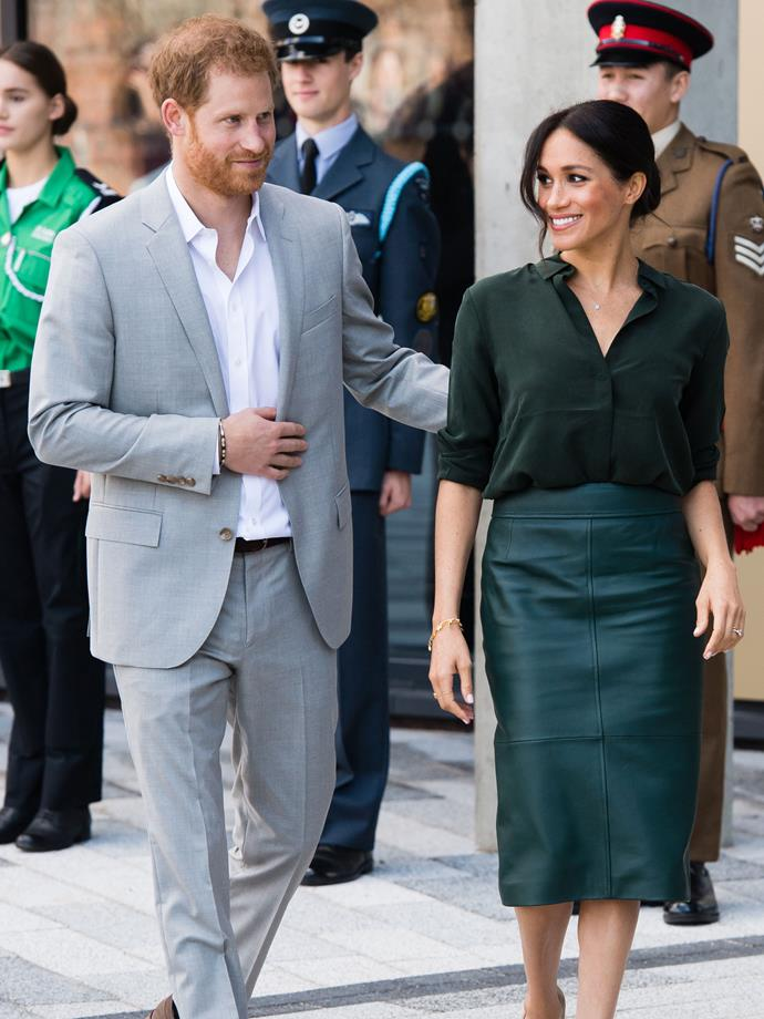 """The ever-supportive husband, Prince Harry helped Markle stage her brief [*Suits* costume comeback](https://www.elle.com.au/fashion/meghan-markle-suits-outfit-18723