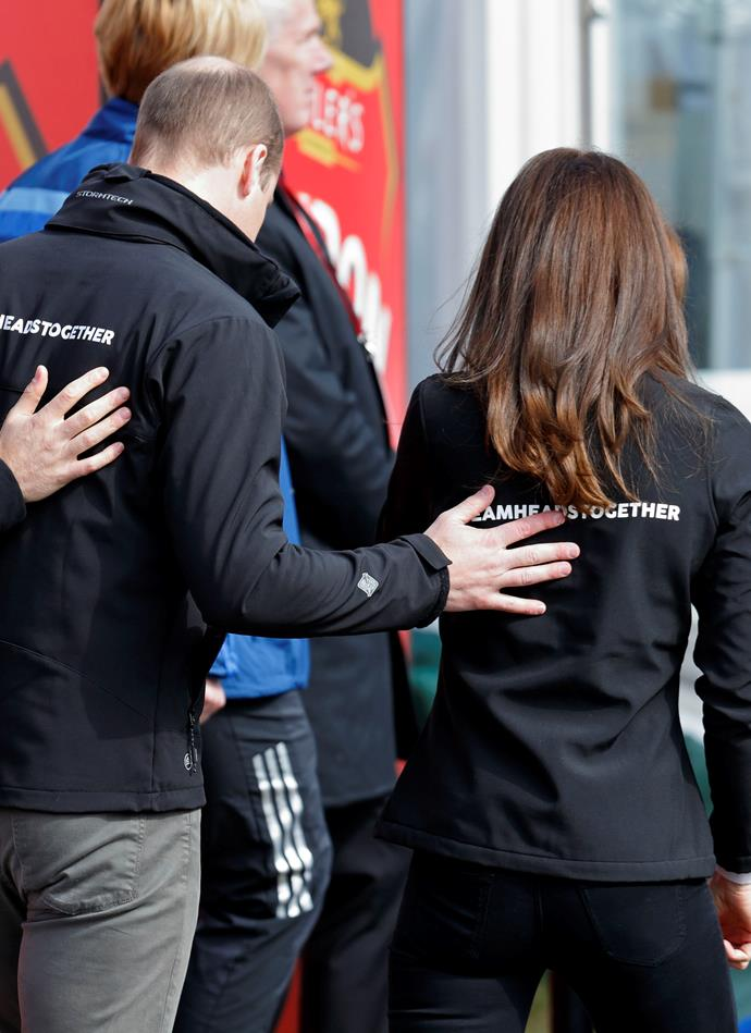 "***The hand-on-back*** <br> While Meghan and Harry may be more comfortable with casually embracing one another, Kate and William's body contact is minimal, and William is much more formal when he touches his Duchess wife.  <br><br> Blanca Cobb told [*Cosmopolitan US*](https://www.cosmopolitan.com/sex-love/a14428006/kate-and-william-body-language/|target=""_blank""