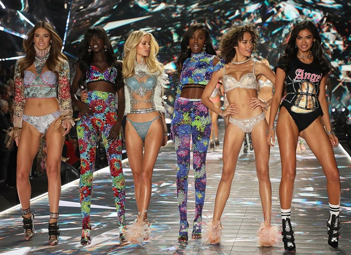 Lorena Rae, Duckie Thot, Frida Aasen, Leomie Anderson, Alanna Arrington and Kelly Gale on the runway at the 2018 Victoria's Secret Fashion Show.