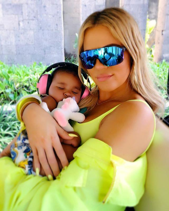 """***Khloé Kardashian*** <br><br> While [Khloé Kardashian](https://www.elle.com.au/celebrity/khloe-kardashian-tristan-thompson-motherhood-16355