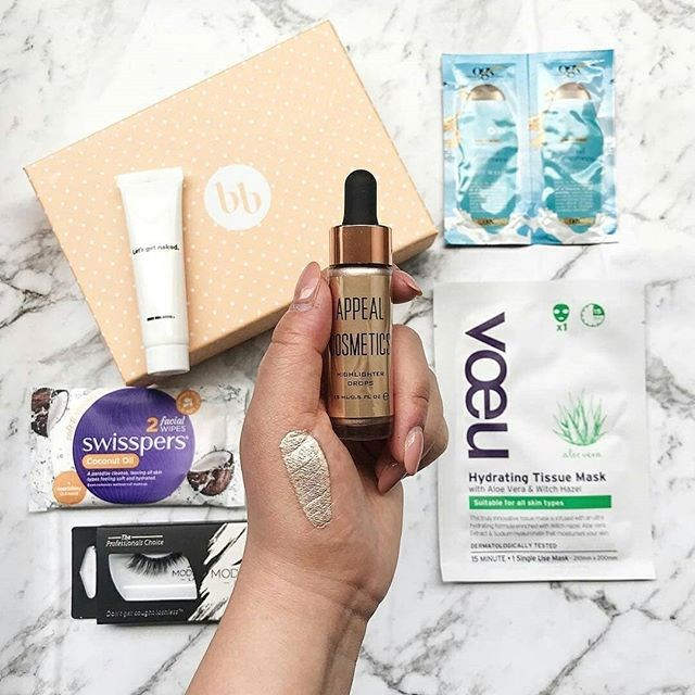 """***Bellabox*** <br> Australian company Bellabox includes covetable samples from the likes of LUSH, Nyx, Benefit Cosmetics and Nip + Fab, depending on the month. <br><br> *Shop at: [Bellabox](https://bellabox.com.au/ target=""""_blank"""" rel=""""nofollow"""")* <br> *Image: [@hijessicaanne](https://www.instagram.com/hijessicaanne/ target=""""_blank"""" rel=""""nofollow"""")*"""