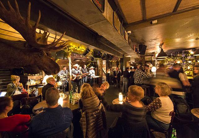 "***Shady Pines Saloon*** <br> Tucked away in a nondescript back lane behind Oxford Street, Shady Pines is reminiscent of a traditional, old-school saloon, and incorporates the best of the Wild West. Their complimentary peanuts are an adorable but nonetheless unmissable quirk, as is the live music. <br><br> *4/256 Crown Street, Surry Hills 2010* <br> *Image: [@shadypinessaloon](https://www.instagram.com/p/BfC9LRHAHmD/|target=""_blank""