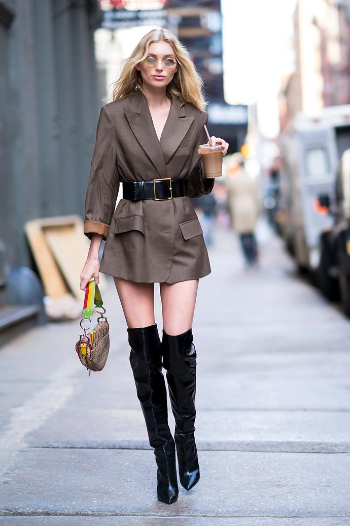 Á la Cindy Bruna, Elsa Hosk chose to cinch her oversize blazer with a statement belt, and the Dior Saddle bag made for a low-key pop of vintage style.