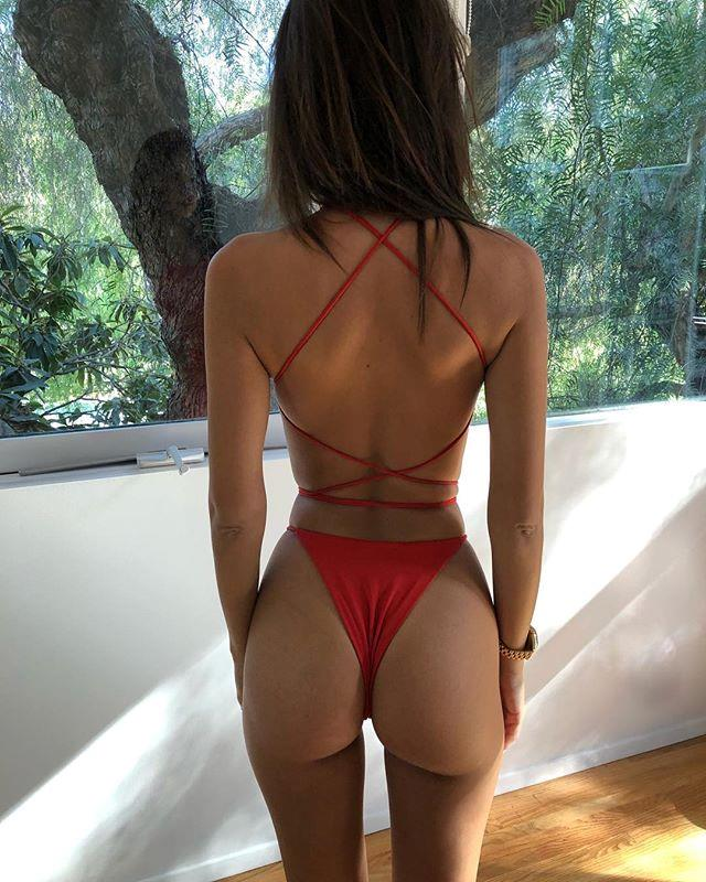 "Reflecting on life as an extremely attractive human. <br><br> *Image: [@emrata](https://www.instagram.com/p/Bn2VJhFFCA0/|target=""_blank""