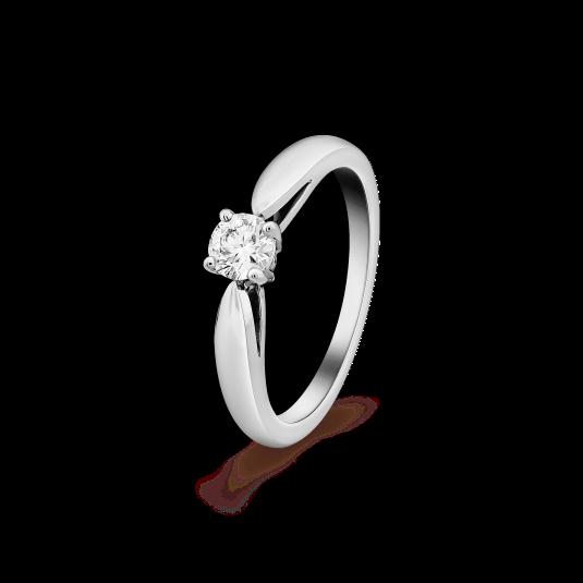 "Van Cleef & Arpels Bonheur solitaire, POA, [Van Cleef & Arpels](https://www.vancleefarpels.com/ww/en/collections/bridal/engagement-rings/vcara29100-bonheur-solitaire-030-ct-evvs2.html|target=""_blank""|rel=""nofollow"")."