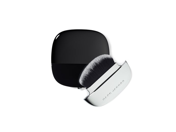 "**MARC JACOBS ACCOMPLICE INSTANT BLURRING BEAUTY POWDER** <br><br> A powder that helps to ""blur"" imperfections, this new release product promises to provide a long-lasting matte finish to your daily beauty look. And with its clever all-in-one packaging (the brush sits inside the palette), it's set to become a handbag staple, too. <br><br> **Release date:** May 2019 at [Sephora](https://www.sephora.com.au/brands/marc-jacobs?dxid=CjwKCAiAv9riBRANEiwA9Dqv1VA-J818aXu5ZPhyVapGAPM5uYdptfcXaROxA3RePHMV3lHzYsmNUxoC2RMQAvD_BwE&dxgaid=CjwKCAiAv9riBRANEiwA9Dqv1VA-J818aXu5ZPhyVapGAPM5uYdptfcXaROxA3RePHMV3lHzYsmNUxoC2RMQAvD_BwE&gclid=CjwKCAiAv9riBRANEiwA9Dqv1VA-J818aXu5ZPhyVapGAPM5uYdptfcXaROxA3RePHMV3lHzYsmNUxoC2RMQAvD_BwE
