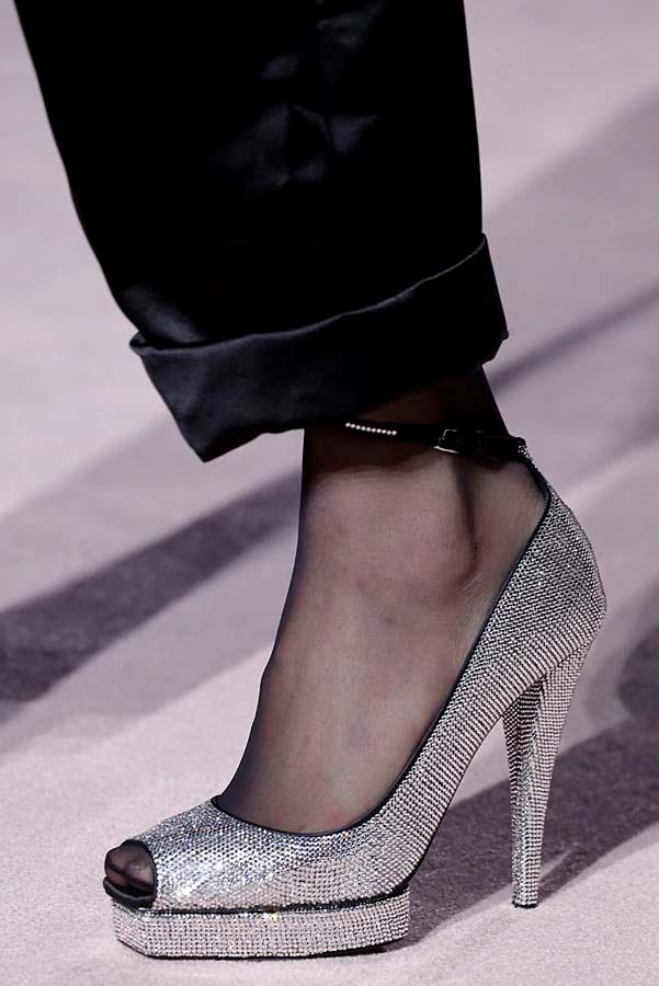 ***SOCK IT TO 'EM***<br><Br> The onset of winter doesn't mean your fancy footwear need be shelved in favour of warmer options. Give your sandals, pumps and mules a winter-update and wear with kitschy socks or tights.<br><Br> As seen at: Tom Ford autumn/winter '19.