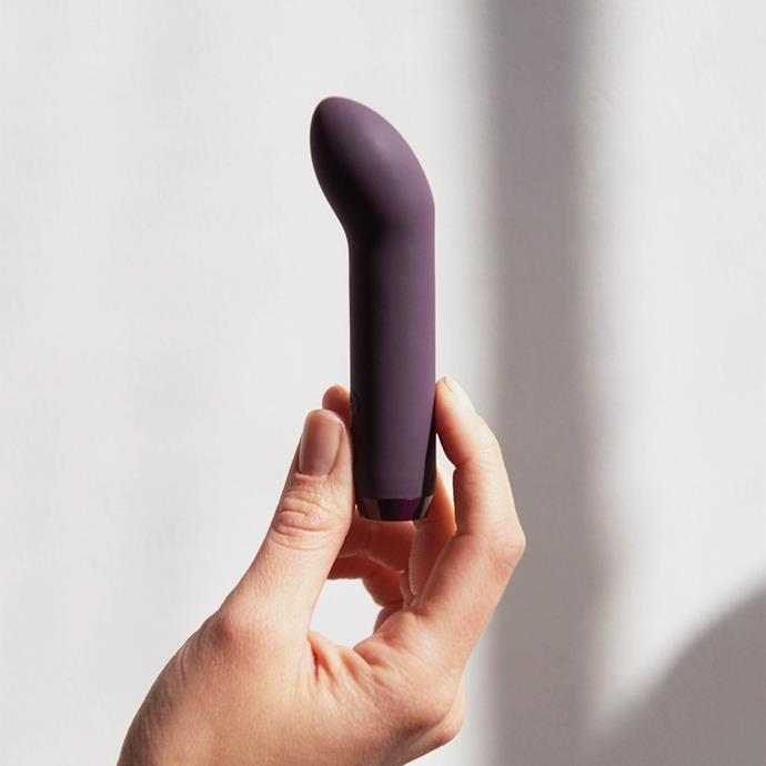 """***For the solo-user***<br><br> Those going solo this V-Day needn't be left out of the equation. We recommend buying yourself something compact, easy to use and—of course—totally gorgeous.<br><br> The G-spot bullet vibrator, $99 by [Par Femme](https://www.parfemme.net/collections/all-toys/products/je-joue-g-spot-bullet-vibrator-purple