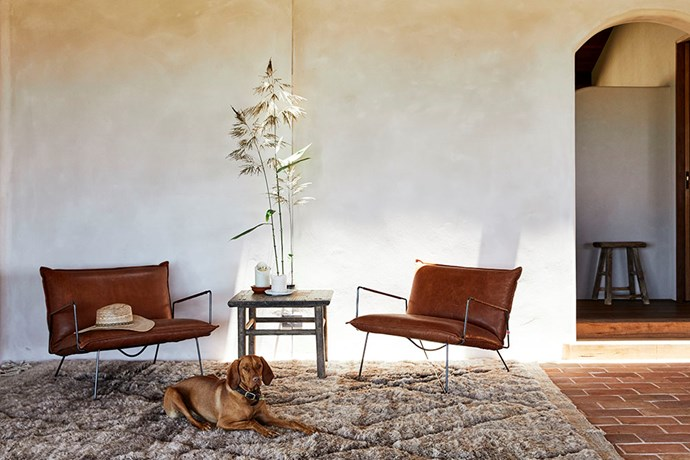 It's an aesthetic that seeps into every aspect of the house, from the raw timber fittings and soft natural renders, right down to the muted earthy colour palette of terracotta tiles and linen furniture to disguise the marks or muddy footprints that inevitably appear with children and pets.