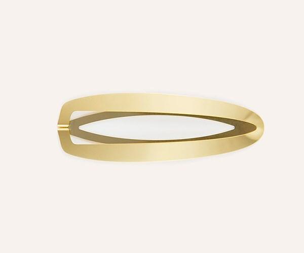 "Clinq Gaia Hair Clip, $100 from [Tuchuzy](https://www.tuchuzy.com/gaia-hairclip-gold-p-gold-p-clinq-clnq-4014-gp|target=""_blank""|rel=""nofollow"")"