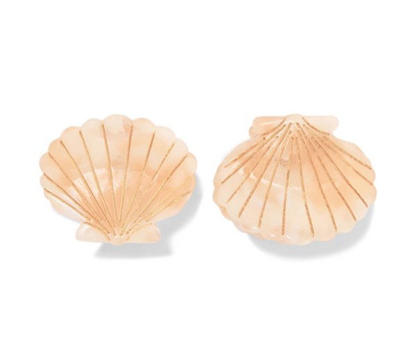"""Ursula Shell Clips in Pink, $40 from [Valet Studios](https://valetstudio.com/collections/hair/products/little-shell-clips-in-pink