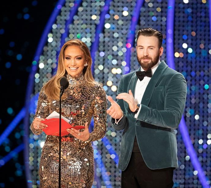Chris Evans, with Jennifer Lopez, at the 2019 Academy Awards.