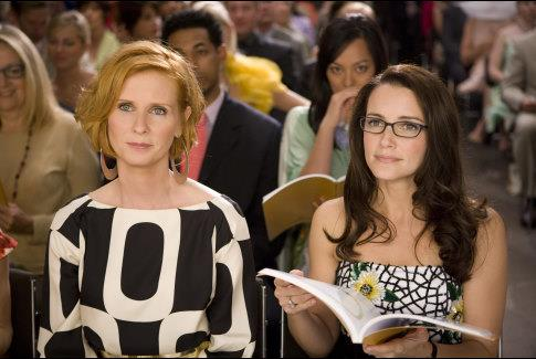 In the *SATC* movies, Miranda delved outside her formerly to-the-book aesthetic, but the Miranda-isms (i.e. the short bob hair and love of flowing garments) was still there.