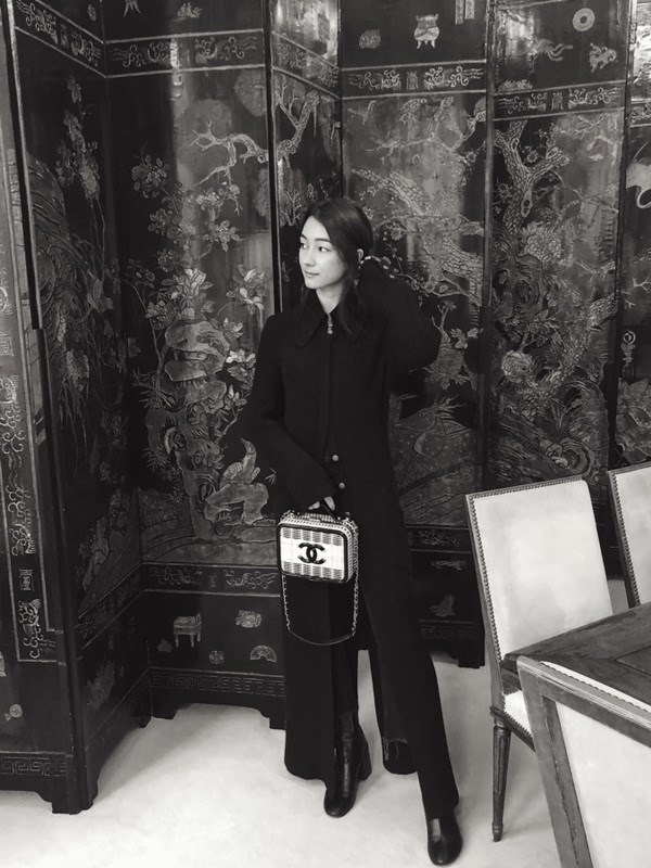 """Mademoiselle Chanel's apartment was surprisingly filled with stunning Chinese Coromandel screens."""