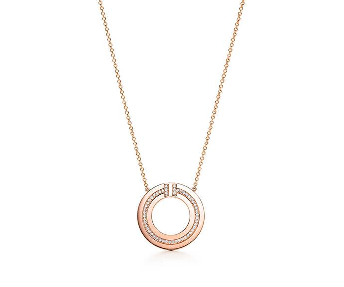 "Add a little sparkle to Mum's day with this timeless necklace. Modern, dynamic and crafted with 18 carat rose gold with round brilliant diamonds, it's a gift she'll cherish forever. <br><br> Necklace by [Tiffany & Co.](https://www.tiffany.com.au/jewelry/necklaces-pendants/tiffany-t-two-circle-pendant-62996099/|target=""_blank""