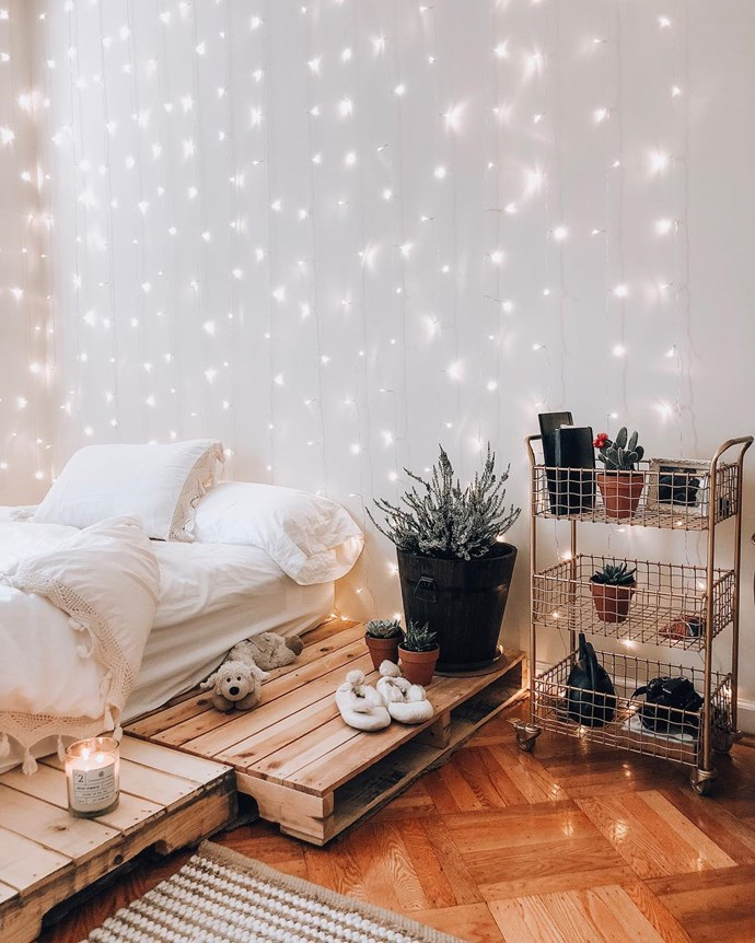 """**Lighting, lighting, lighting!**<br><br>  Say it with us: Lighting. Is. Everything.<br><br>  """"When there are no dimmers on lights in the bedroom, it's an issue!"""" said Green.<br><br>  """"Whilst task lighting is important for bedside reading, mood lighting is equally important for bedrooms to create a relaxed and sleep conducive vibe.""""<br><br>  The solution to all your bedroom lighting dilemmas is to simply install a dimmer or invest in bedside lamps that offer both form and function—or if you're feeling creative, go forth and create your own fairy light trellis! <br><br>  *Image via [@gfswhotravel](https://www.instagram.com/gfswhotravel/