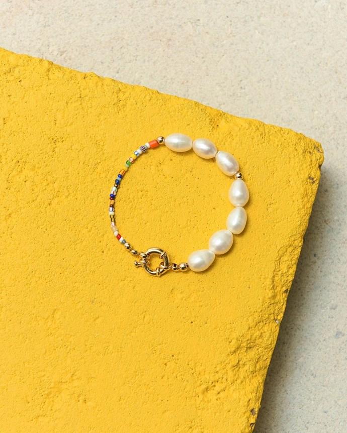 "['Thao' bracelet](https://www.eliou-eliou.com/products/trio-bracelet-pack target=""_blank"" rel=""nofollow"")."