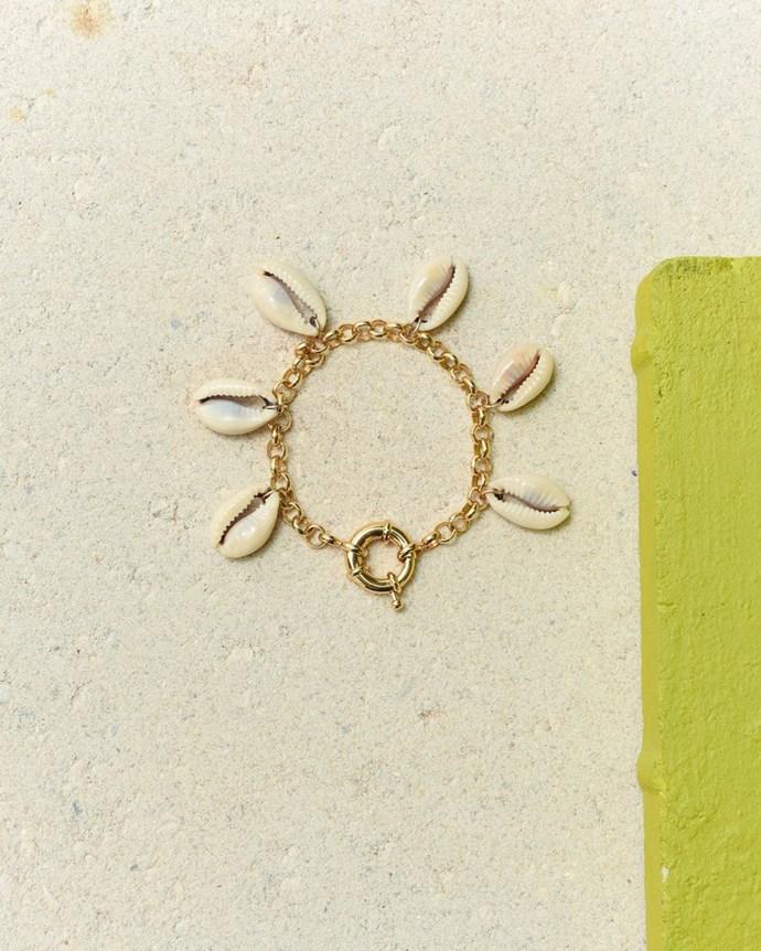 """['Deia' bracelet](https://www.eliou-eliou.com/collections/bracelets/products/deia-bracelet target=""""_blank"""" rel=""""nofollow"""")."""