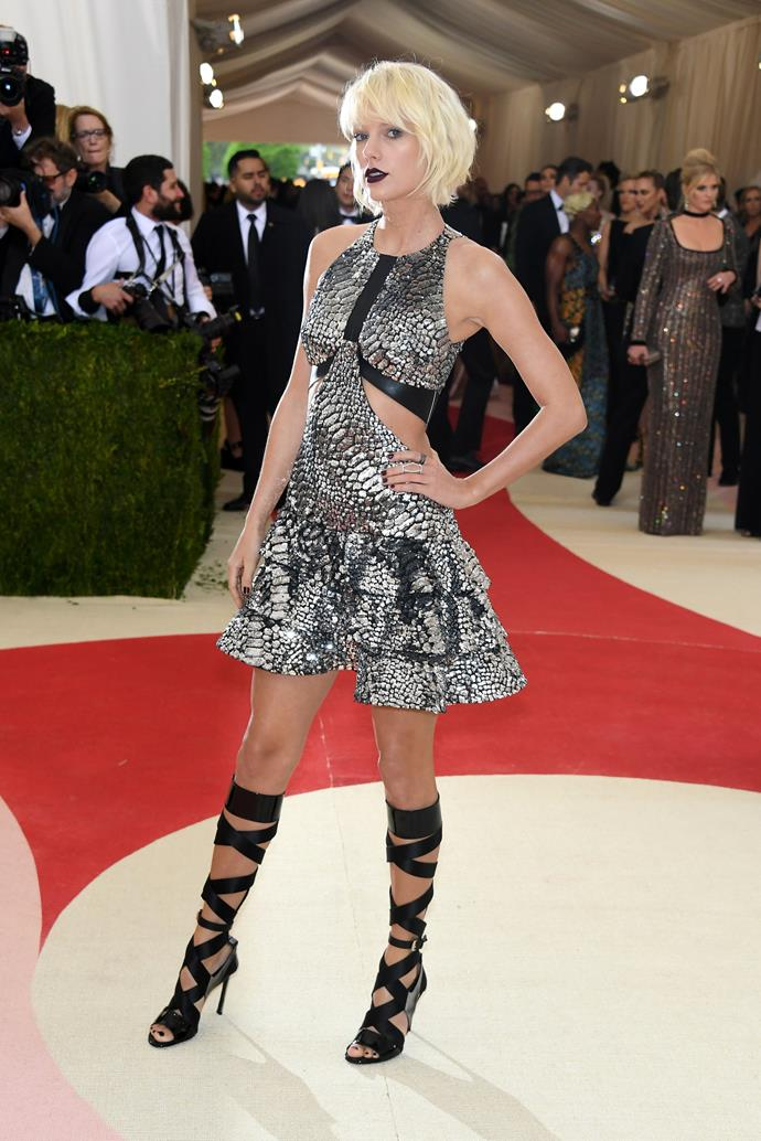 ***2016***<br><br> 'Manus x Machina: Fashion In An Age Of Technology'<br><br> Taylor Swift