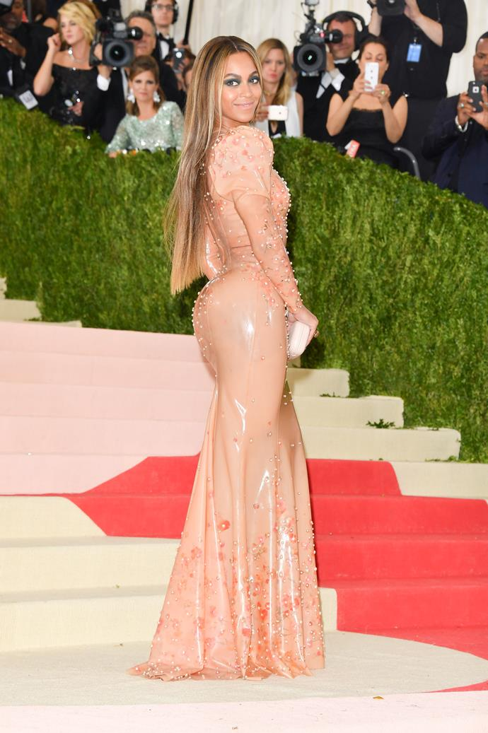 "**Beyoncé**<br><br>  Beyoncé's last Met Gala appearance was in 2016, dressed in latex Givenchy for the theme ""Manus x Machina: Fashion in an Age of Technology"". It is unknown as to why Queen Bey did not attend this year's Gala, with no signs of the Grammy Award-winner on social media.<br><br>  As for last year's absence? According to *[Enterainment Tonight](https://www.etonline.com/why-beyonce-isnt-attending-the-2018-met-gala-exclusive-101736