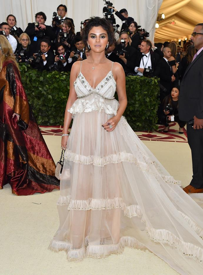 "**Selena Gomez**<br><br>  While we weren't given the opportunity to see [Selena Gomez transform](https://www.elle.com.au/beauty/selena-gomez-before-and-after-20391|target=""_blank"") on the Met Gala carpet this year, it would seem the *Hands To Myself* singer had other fun plans, with her [Instagram Stories](https://www.elle.com/culture/celebrities/a27311165/why-selena-gomez-skipping-met-gala-2019-disneyland/