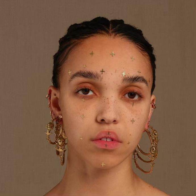 """**FKA Twigs' one-night only show at Carriageworks**<br><br>  Internationally acclaimed singer, songwriter, director and dancer, FKA Twigs is set to take Vivid by storm with a one-night only show featuring her signature genre-bending tunes at Sydney's Carriageworks.<br><br>  *FKA Twigs performs on Sunday, June 9. To book tickets, click [here](https://www.vividsydney.com/event/music/fka-twigs