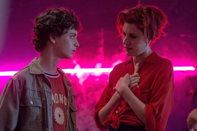 ***20th Century Women* (30/06/2019)** <br><br> The story of a teenage boy, his mother, and two other women who help raise him among the love and freedom of Southern California of 1979.
