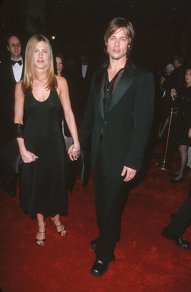 All black outfits and super-straight hair with Jennifer Aniston in 2000.