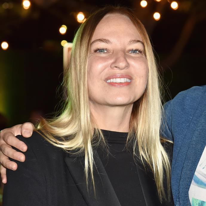 """**Sia** <br><br> Australian singer/songwriter Sia leads a life of immense privacy, and has confirmed that she suffers from the thyroid condition Graves disease, which can result in weight loss and shivers, and can cause your eyes to bulge from their sockets. <br><br> In 2010, she humorously wrote on [Twitter](https://twitter.com/sia/status/16409408290?lang=en