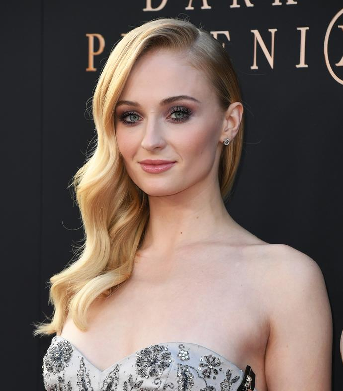 "**Sophie Turner**<br><br>  The *Game of Thrones* star has been open about her past love for vaping, even posting a shot of herself engaging in the pastime while shooting one of *GoT*'s final scenes last year. However, since [her recent pregnancy](https://www.elle.com.au/celebrity/sophie-turner-joe-jonas-pregnancy-23654|target=""_blank""), the actress has no longer been seen smoking."