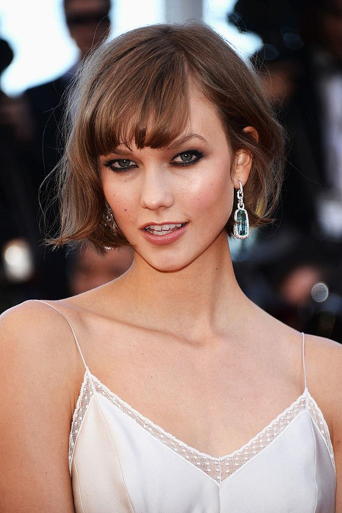 **Karlie Kloss' micro-bob:** The then-Victoria's Secret model went against the curve and traded her VS-friendly, shoulder-sweeping waves for this chic, French-girl cut.