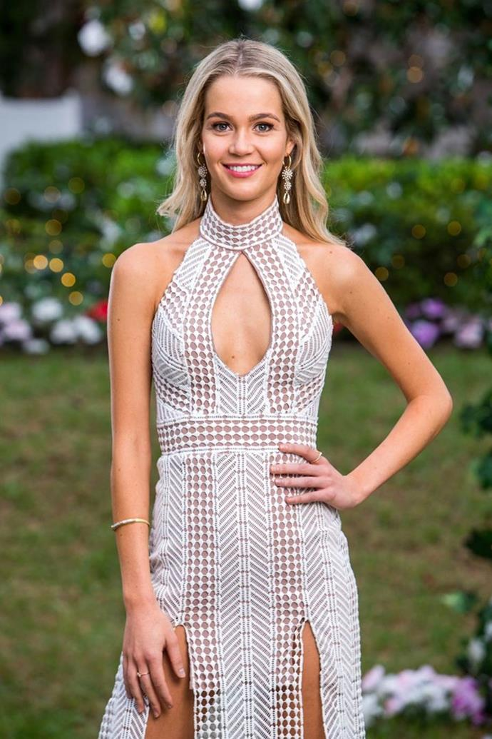 """**Helena Sauzier** <br><br> A 25-year-old Perth-based health and wellness coach.  <br><br> Instagram: [@helenasauzier](https://www.instagram.com/helenasauzier/?hl=en
