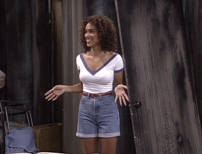Easily Hilary's most casual look in the entire series, and even then she still managed to look a million bucks.