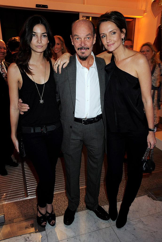 Lily Aldridge with her dad, Alan Aldridge, and sister, Laura Lyons.