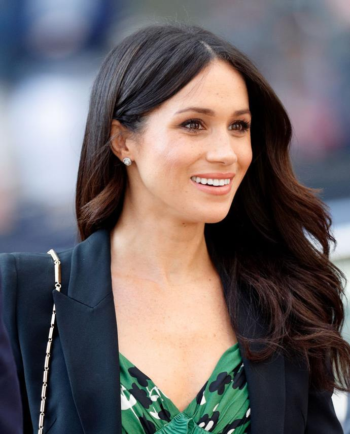 "**Meghan Markle, the Duchess of Sussex** <br><br> Like her sister-in-law, Duchess Kate, Meghan does her own makeup for most royal outings, and favours a natural, pared-back beauty look. <br><br> Though unfair rumours claimed that Meghan only does her own makeup because her sister-in-law does, a royal source told *Us Weekly*: ""She just likes doing her own makeup. [It has] nothing to do with Kate."" <br><br> *Image: Getty*"