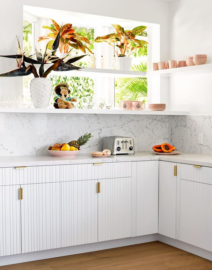 "**The kitchen**<br><br>  *Image by Trevor Tondro for [Architectural Digest](https://www.architecturaldigest.com/story/inside-cara-and-poppy-delevingnes-playful-los-angeles-retreat|target=""_blank""