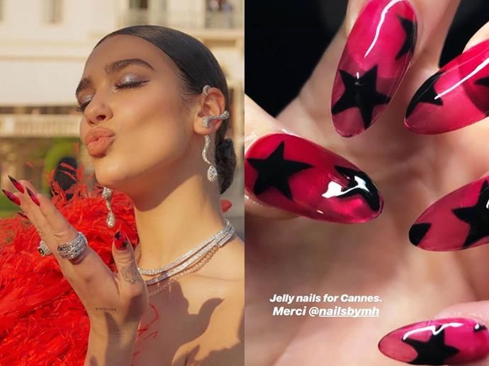 "**Dua Lipa's stellar jelly nails**<br><br>  *Images via [@nailsbymh](https://www.instagram.com/nailsbymh/|target=""_blank""