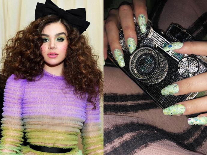 "**Hailee Steinfeld's crystal-encrusted Met Gala nails**<br><br>  *Images via [@haileesteinfeld](https://www.instagram.com/p/BxNXxtsBOBe/|target=""_blank""|rel=""nofollow"")*"