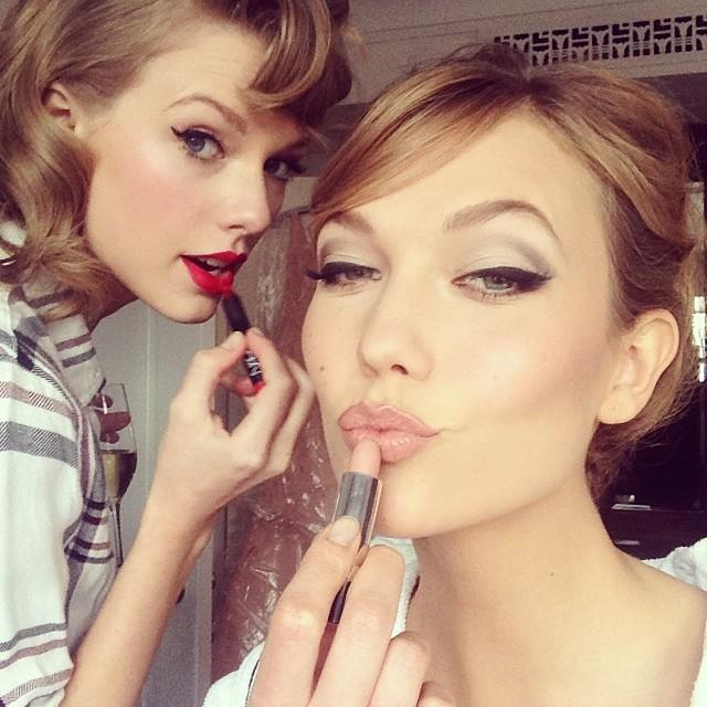 "**May 2014 to August 2014**<br><br>  Swift and Kloss' friendship continued to bloom in 2014, with the two attending the Met Gala together. Kloss shared a photo of the two putting on lipstick before the event, writing: ""Pre #MetGala glam party with @taylorswift"".<br><br>  In August, dubious rumours started circulating that the pair were actually more than friends, with a since-deleted *Daily Mail* article claiming that the two were living together and in a romantic relationship. A spokesperson for Kloss told *[Gawker](https://gawker.com/is-taylor-swift-living-and-maybe-in-love-with-a-woman-1620857904