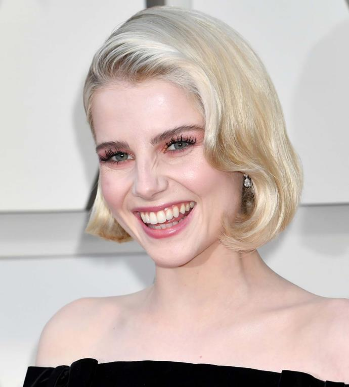 "**The Retro Bob** <br><br> Any naysayers of the short bob should re-think their preferences for 2019. Whether you already have short hair, or are willing to snip off your longer lengths, don't be afraid of structured styles for your spring racing hairspo. <br><br>*Bohemian Rhapsody* actress [Lucy Boynton](https://www.elle.com.au/beauty/lucy-boynton-makeup-19791|target=""_blank"") makes the perfect short-haired beauty muse. It's a winning look, especially for Kennedy Oaks Day when ladylike glam is the style brief.<br><br> Elevate the style (and help it to stay in place throughout the day) with an embellished hair slide. We love [Simone Rocha](https://www.ssense.com/en-au/women/product/simone-rocha/silver-pearl-and-crystal-large-flower-hair-clip/4351971